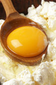 Cooking: cottage cheese and yolk — Stock Photo