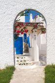 Traditional Greek architecture on Mykonos island — Stock Photo
