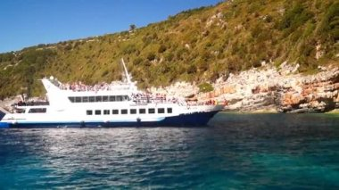 Cruise on Paxoi islands, Ionian sea, Greece — Stock Video