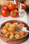 Meatballs with tomato sauce — Stock Photo