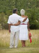 Mature Couple Facing Away — Stock Photo