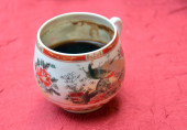 Turkish coffee in a chinesse pot — Stock Photo
