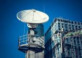 Satellite on TV tower — Foto de Stock