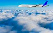 Passenger airplane flying — Stock Photo