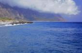 The mountainside on the sea coast — Stock Photo
