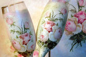Vintage decoupage decorated wineglasses for bride and groom — Stock Photo