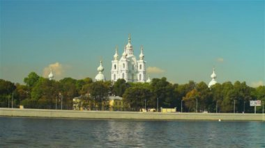 Scenic view on beautiful Smolensky Cathedral — Vidéo