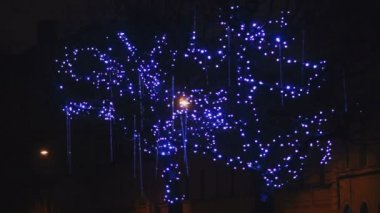 New Year holiday illumination with falling drops — Stock Video