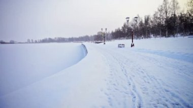 Onega lake embankment covered with snow — Vidéo