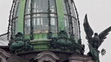 Singer House's Art Nouveau tower — Stock Video