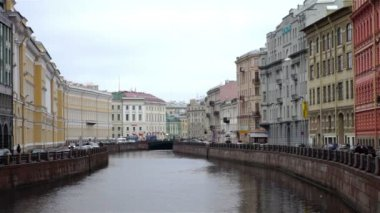 Cityscape with old facades at Moyka river — Stock Video