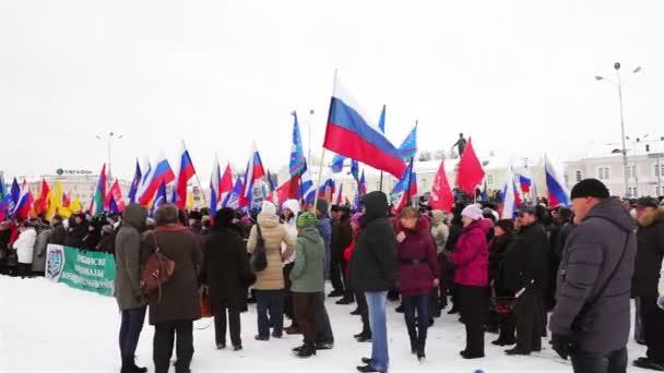 La gente protesta contra la guerra de Crimea — Vídeo de stock