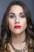 Young pretty woman. Studio fashion portrait. — Stockfoto