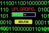 Upload selfie — Stock Photo