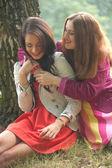 2 smiling girls — Stock Photo