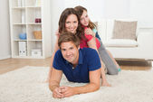 Family Piling Up — Foto Stock