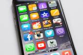 Closeup Of Apple iPhone6 With Various Apps On Screen — Stock Photo