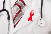 Doctor With Aids Ribbon — Stockfoto