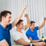 Men Holding Beer Bottles — Stock Photo #66382901