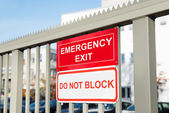 Do Not Block Signboard — Stock Photo