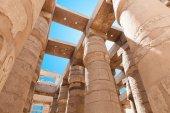 Columnas en el templo de karnak — Foto de Stock