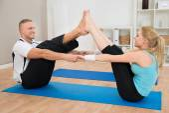Couple Doing Exercise — Stock Photo
