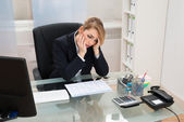 Businesswoman With Gantt Progress Chart — Stock Photo
