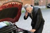 Man With Breakdown Car — Stock Photo
