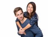 Junge glückliche Paar — Stockfoto