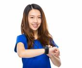 Woman use wearable watch — Stock Photo