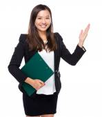 Singaporean business woman with clipboard — Stock Photo