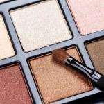 Professional eyeshadow palette — Foto de Stock   #57457267