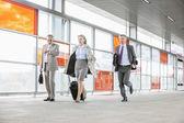 Businesspeople rushing — Stock Photo