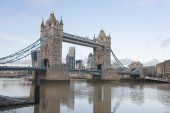 Tower bridge e do rio tamisa — Foto Stock