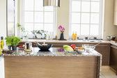 Contemporary kitchen — Stock Photo