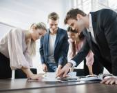 Business people brainstorming — Stock Photo