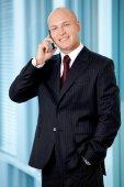Podnikatel na mobil — Stock fotografie