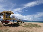 Yellow Beach Lifeguard Stand — Stock Photo
