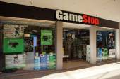 Gamestop store in Ala Moana shopping center — Stock Photo