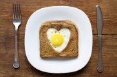 Toast with egg — Stock Photo