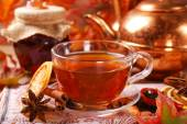 Autumn tea with spices and honey — Stock Photo