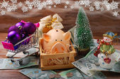 Money for christmas shopping — Stock Photo