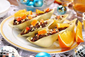 Pasta shells stuffed with poppy seeds for christmas  — Stock Photo