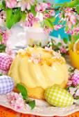 Lemon ring cake on easter table — Stock Photo