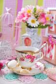Tea time in romantic style — Stock Photo