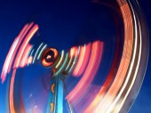 Ride at the fair with long exposure — Stock Photo
