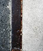 Rusty zinc plate with metal strip — Stockfoto