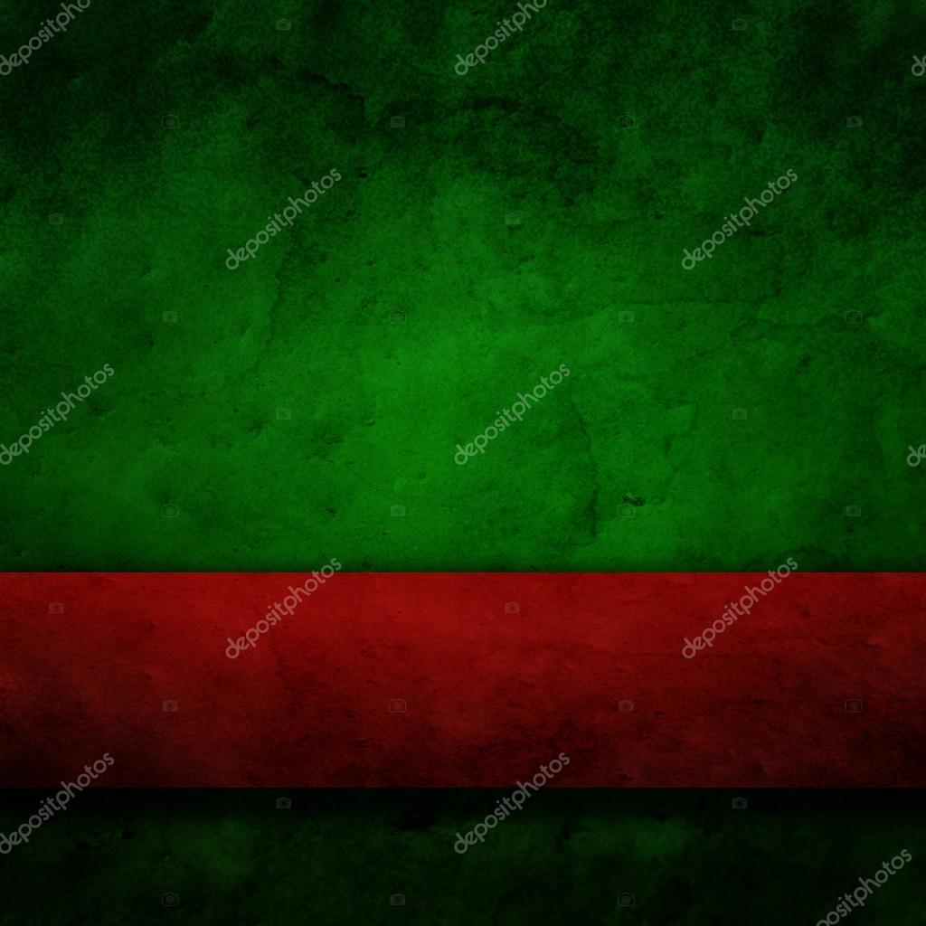 Зеленая бумага и красная