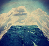 Room with water and clouds — Stock Photo