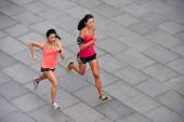 Fitness women running — Stock Photo